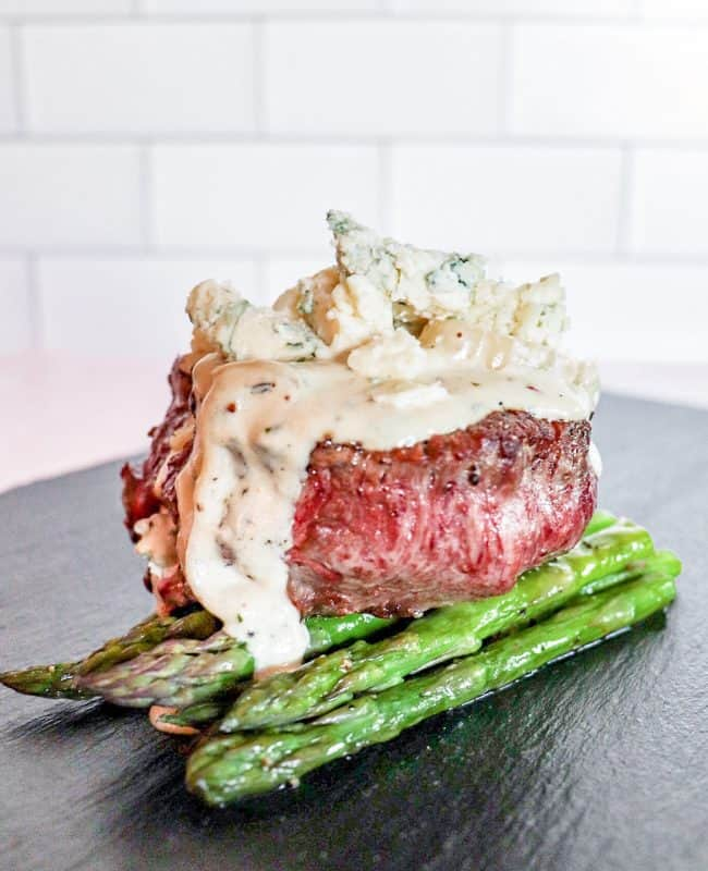 Filet Mignon with Blue Cheese Shallot Sauce
